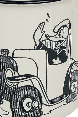 Donald Duck in Car
